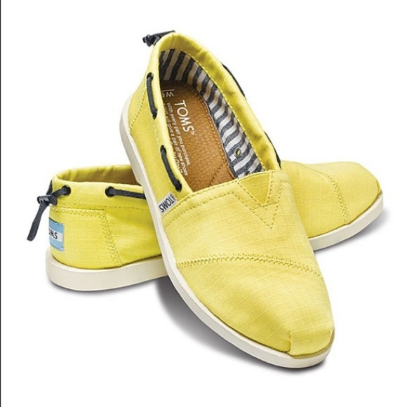 af6ce7bddfa TOMS Womens Nautical Bimini Shoes. M 5c0af3a55c445290b46b5a3c